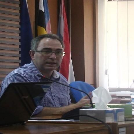 Prof. Alan Collins